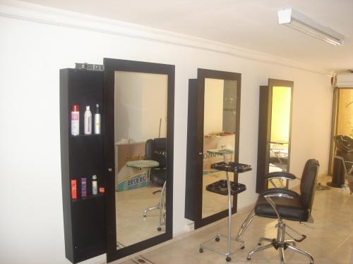 Muebles para peluquería: sillas para corte, maquillaje ...