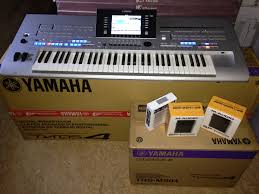 Venta yamaha tyros4 teclado $1100 con garantía