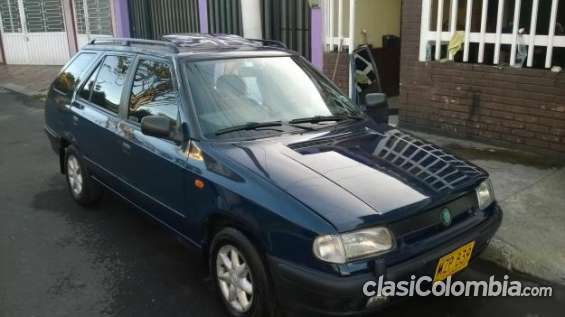 Tengo a la venta mi auto camioneta skoda mod 1997 motor 1.300 c.c pocos kilómetros.