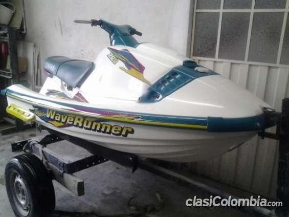 Apurado vendo jet ski yamaha wave runner 700 oferta especial.