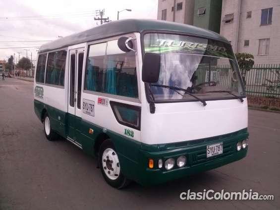 Venpermuto micro bus de 19 pasajeros transporte escolar turismo y empresarial marca jac