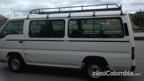 Gangazo se vende microbus nissan urvan particular de 15 pasajeros recien enllantada modelo