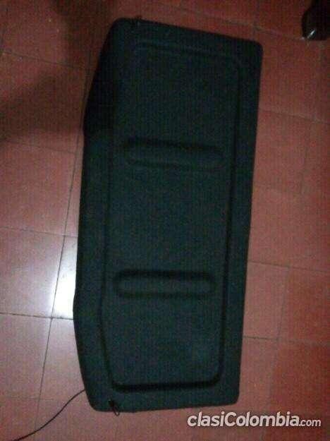 Impecable a la venta bandeja cubre equipaje corsa buen precio!