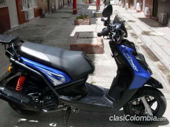 Como nuevo, se vende moto bws consulta el precio.