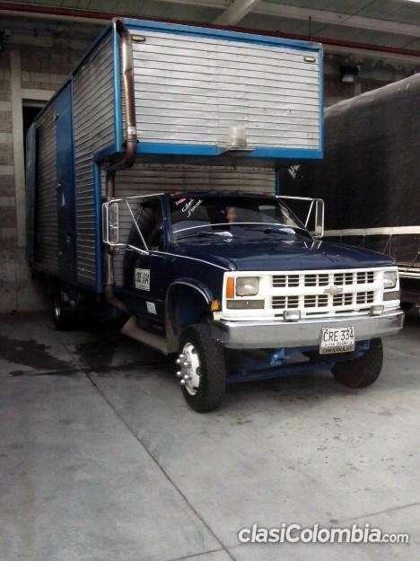 Escucho oferta vendo o cambio furgon por carroceria para turbo con capacete escucho ofertas!