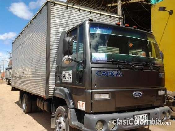 Vendo ford cargo 815 larga reparada oferta especial.