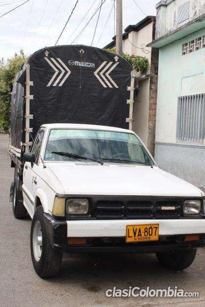 Vendo mazda b2200 modelo 1993 funciona perfectamente!!!