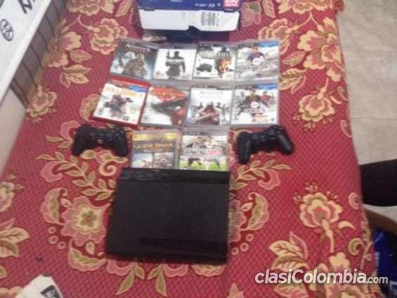 Tengo para ofrecer play 3 super slim de 250 gb con 2 controles 10 juegos originales urgentemente!