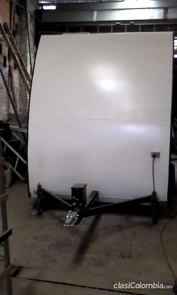 proceso de fabricación: trailer listo para entrega, freno de inercia y tiro de arrastre