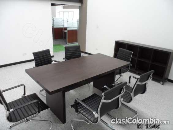 Mesas de juntas y mobiliario para oficina