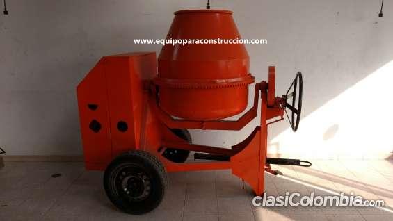 Mezcladora para concreto con capacidad para bulto y medio es decir 350 litros aprox.