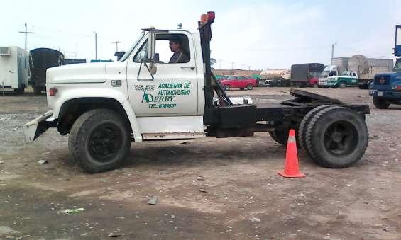 Cursos de conduccion doble troques , tracto camiones y manejo defensivo certificado bta
