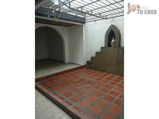 Fotos de Casa 2 alturas 192m2 para remodelar. asi es tu casa 11