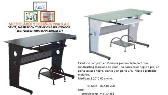Venta, fabricación y reparación de escritorios en vidrio
