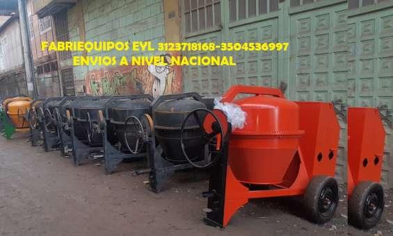 Mezcladoras a gasolina o diesel ranas y plumas para 300kg